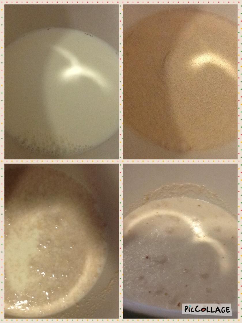 Misture o fermento, o leite e o  açúcar e deixe repousar por 10 minutos até o fermento agir.